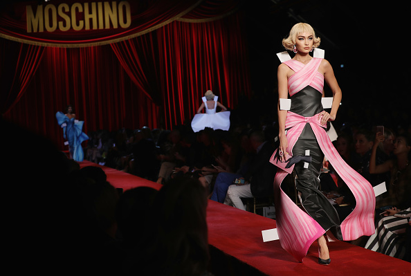 Moschino - Runway - Milan Fashion Week SS17