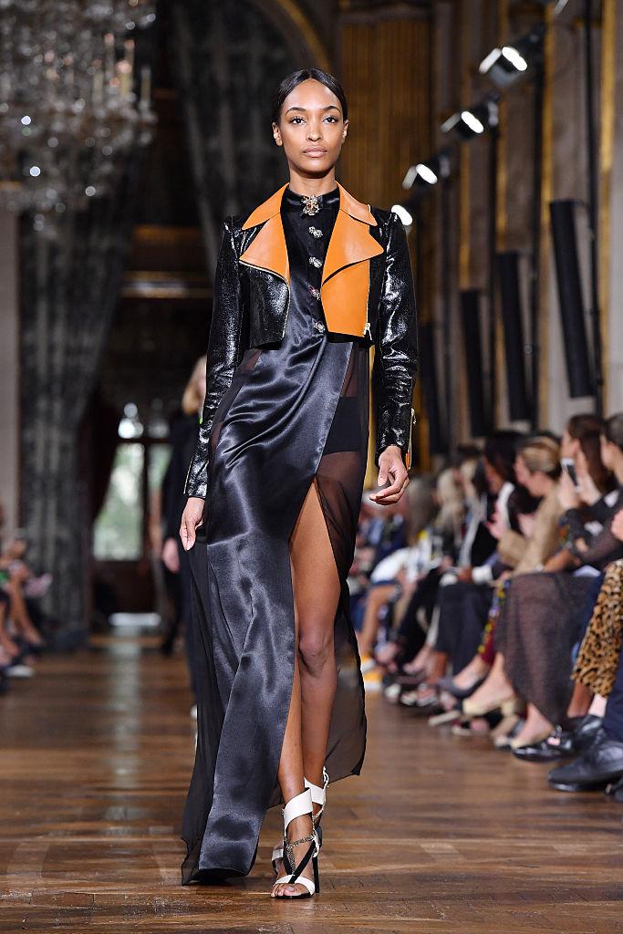 Lanvin : Runway - Paris Fashion Week Womenswear Spring/Summer 2017